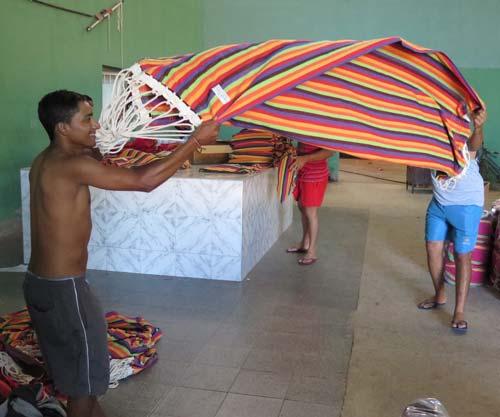 amazonas-haengematten-fabrik-brasilien-qualitaetJdEM0bJEaY2h5