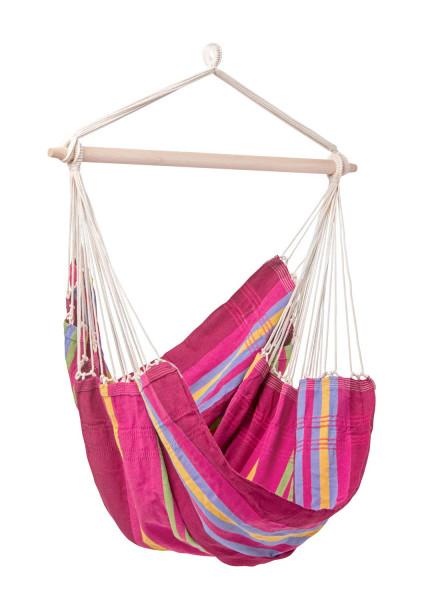 Der farbenfrohe AMAZONAS Hängesessel Brasil wird in traditioneller brasilianischer Handarbeit gefertigt und garantiert perfekte Entspannung