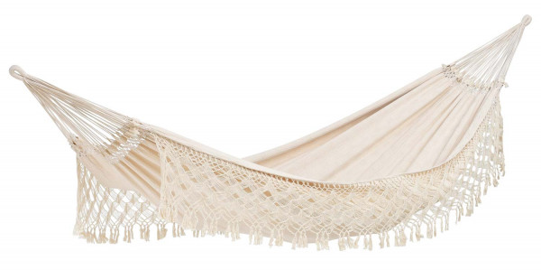 The AMAZONAS Rio Brazilian XXL Hammock in modern boho style with hand-knotted decorative border is a real gem for indoors or outdoors