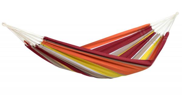 Die AMAZONAS Hängematte Barbados in der Farbe acerola