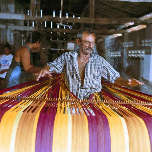 amazonas-hammocks-production2