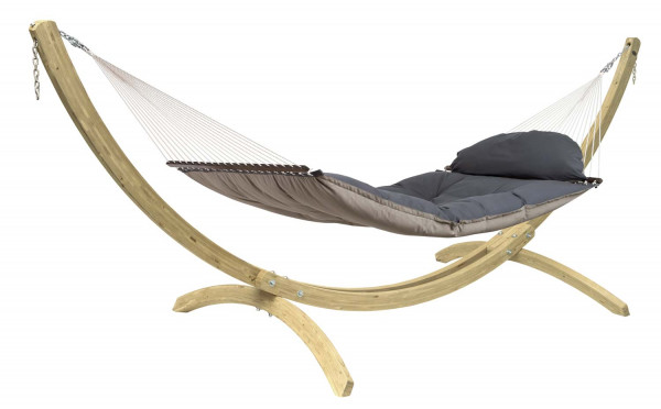 The AMAZONAS set consists of the luxurious rod hammock Fat Hammock and the adjustable wooden frame Apollo
