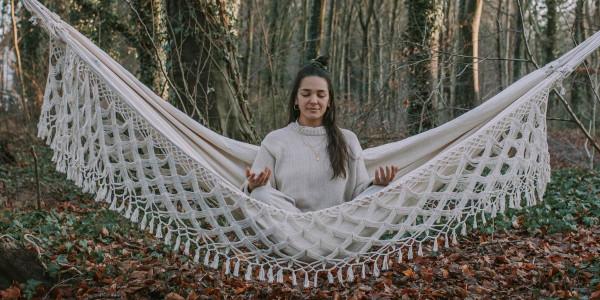 amazonas-meditation-haengematte-entspannung